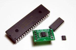 MAX6675 junto a otros componentes