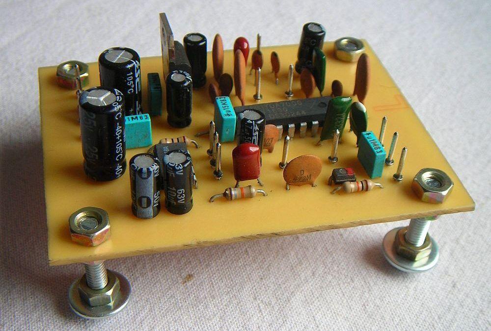 Receptor de radio multibanda (Scanner) casero