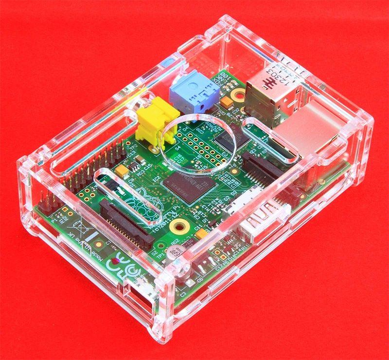 Carcasa para Raspberry Pi cortadas con láser en acrílico transparente